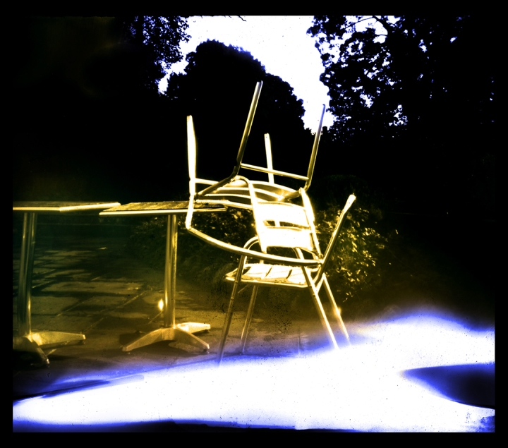 Amaris pinhole colour